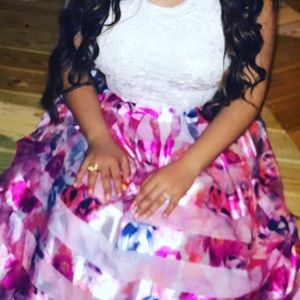 Dresses & Skirts - 2 piece floral prom/homecoming dress